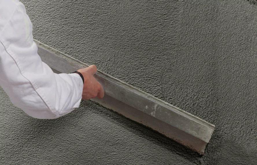 применение цементной штукатурки